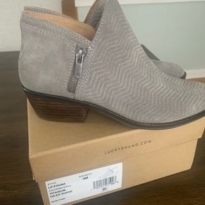 Lucky Brand NWT Bootie, Size 9